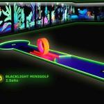 Schwarzlicht-Mini-Golf Bahn 2